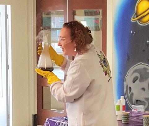 Professor Carla Knalgraag 2